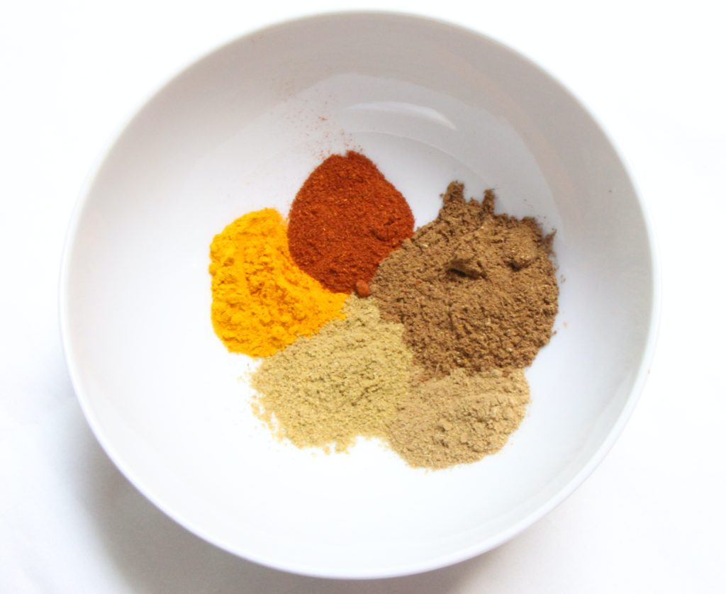 image showing chicken curry dry ingredients