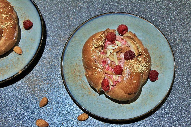 Super Easy Ricotta and Raspberry Breakfast