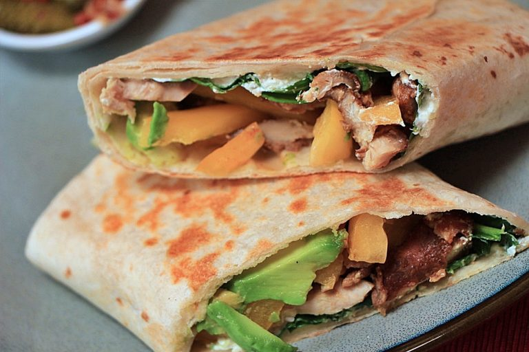 Healthy Grilled Chicken and Vegetable Wrap