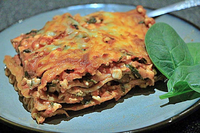 Vegetarian Lasagna with Spinach and Cottage Cheese
