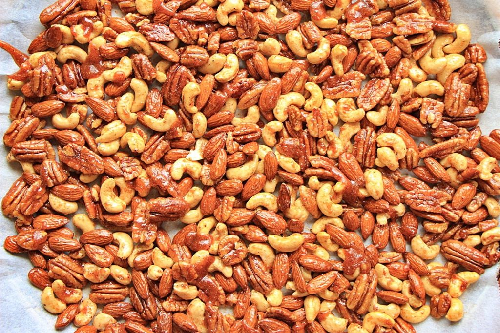 Baked sweet and spicy nuts