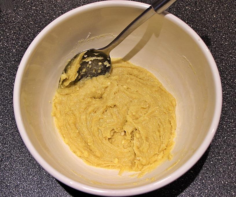 Frangipane in bowl