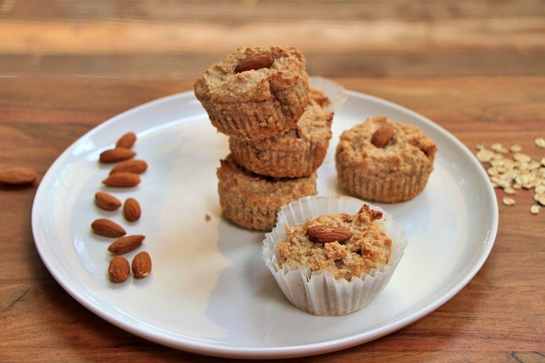 Healthy Oat and Almond Muffins